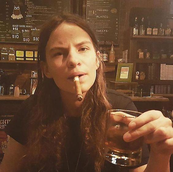 La filla de Sting surt de l'armari.  #EliotSumner #Filla #Androgina #StingSumner #Model #Austriaca #LucievonAlten