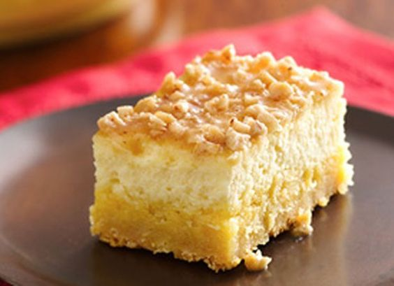 Crème Brûlée Cheesecake Bars.....yes, please!