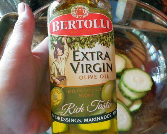 Broken Teepee: Bertolli Olive Oil Makes Homemade Pizza Delicious #spon