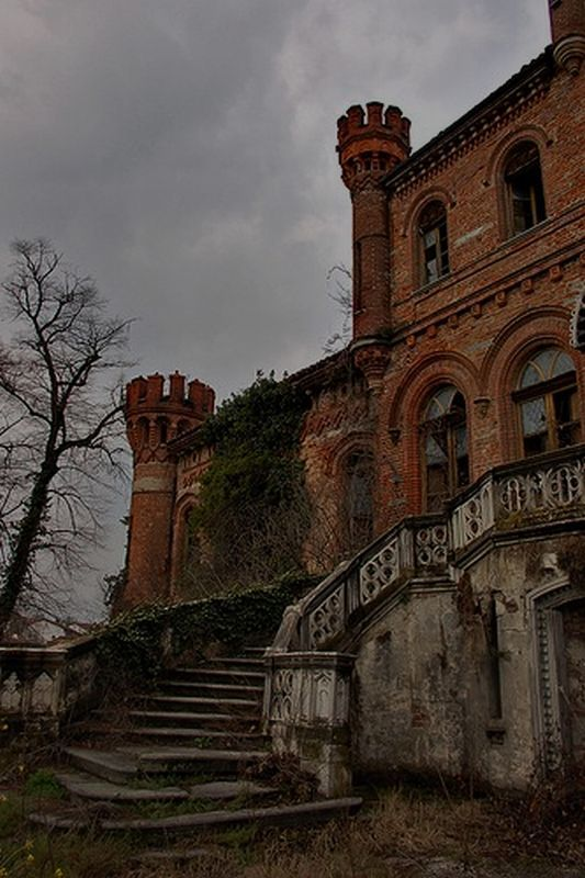 Haunting Castles Pinterest Beautiful Entrance And