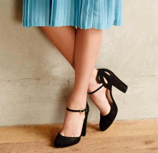 Anthropologie :: i want those shoes!