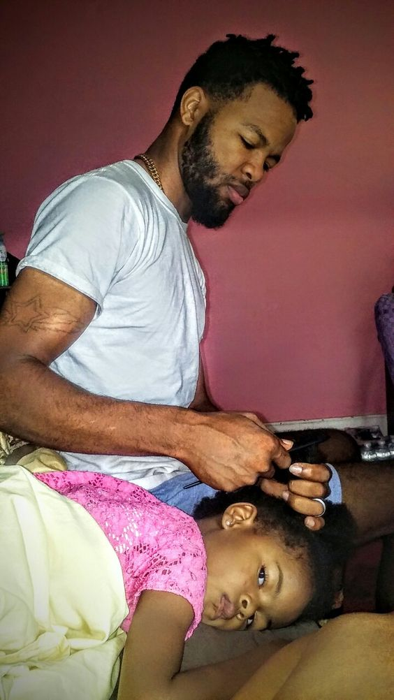 Daddy combing our princess hair 😍