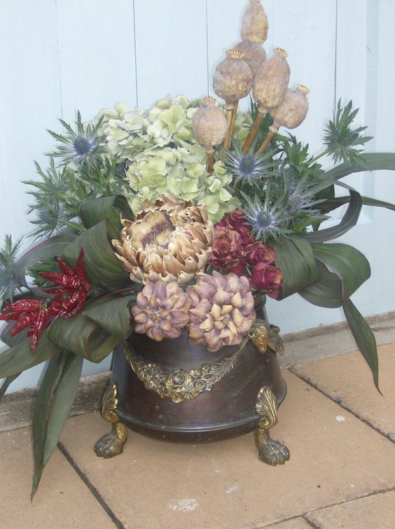 flowers on my table..a dried flower arrangement | All ...