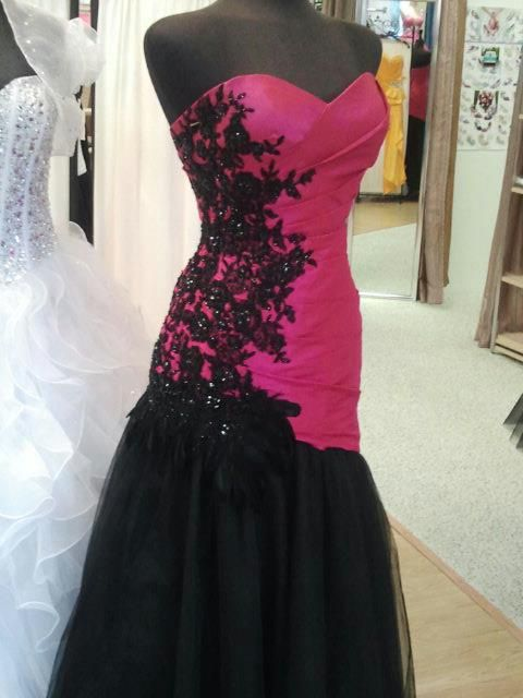 Love this gown!