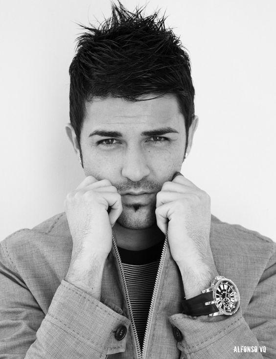 David Villa. Here's a hot Spanish footballer for you. <3
