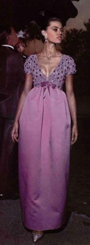 1963 dress Dior