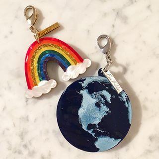 Edie Parker | Rainbow Charm