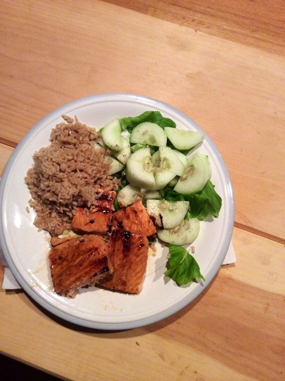 Salmon with low sodium teriyaki sauce, half cup brown rice and cucumber over bib lettuce with rice wine vinegar.