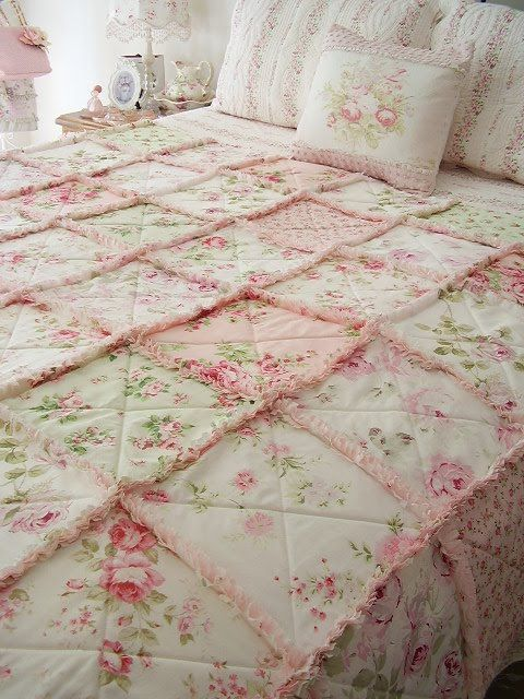Love it love it love it.... Pink Floral Rag Quilt