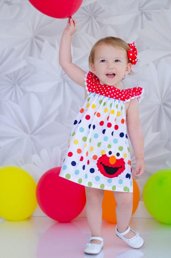 Filles Elmo Birthday Dress - tenue d'anniversaire Elmo - filles, robe d'anniversaire - 2ème tenue d'anniversaire - Rainbow anniversaire par KateandLulus sur Etsy https://www.etsy.com/ca-fr/listing/200825613/filles-elmo-birthday-dress-tenue