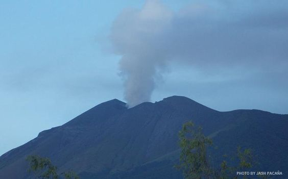 Kanlaon Volcano: LGUs in Negros Occidental prepare contingency plans Despite advise from the Philippine Institute of Volcanology and Seismology (Phivolcs) that Kanlaon Volcano remains at alert level one the local government of Negros Occidental are preparing contingency plans.