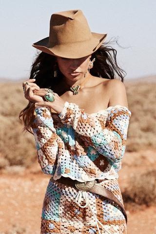 Carnaby Crochet Crop Top #Spelldesigns #affiliate #festivallook#boho #bohochic #festival #hippiegirl #bohemianfashion #festivalspirit