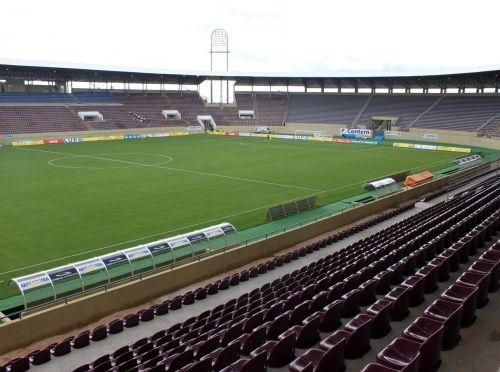 Arena Fonte Luminosa - Araraquara (SP) - Capacidade: 20 mil - Clube: Ferroviária
