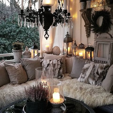 Www Alarkandalady Com We Started Our Fashion Boutique To Inspire Bold And Creative Ladies And Girls Across Cozy Living Rooms House With Porch Room Decor