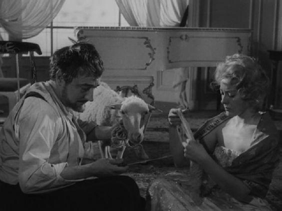 Buñuel ... El Angel Exterminador.