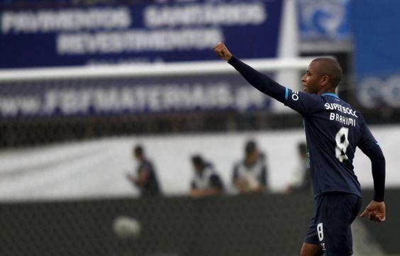 FC Porto não deita a toalha ao chão - PÚBLICO