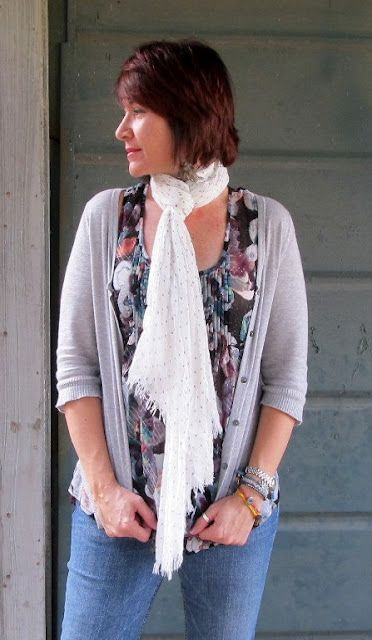 easy spring outfit - floral tank, 3/4 cardi, scarf