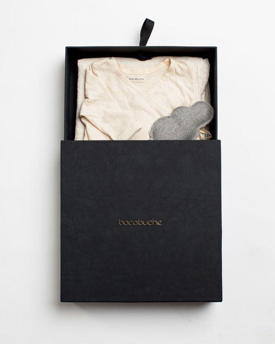 GORGEOUS modern branding. Gold on black