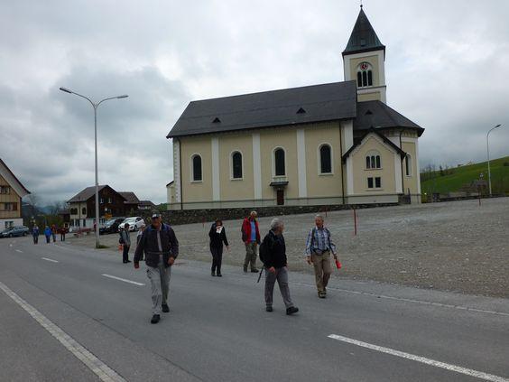 Wanderung 29. April 2014: Ankunft am Endziel in Brülisau