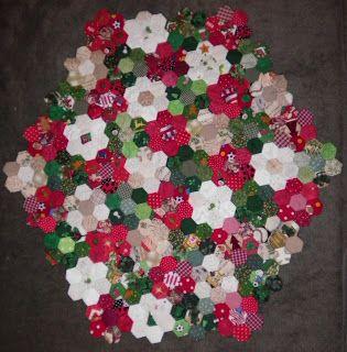ProsperityStuff Christmas Hexagons Quilt Top: