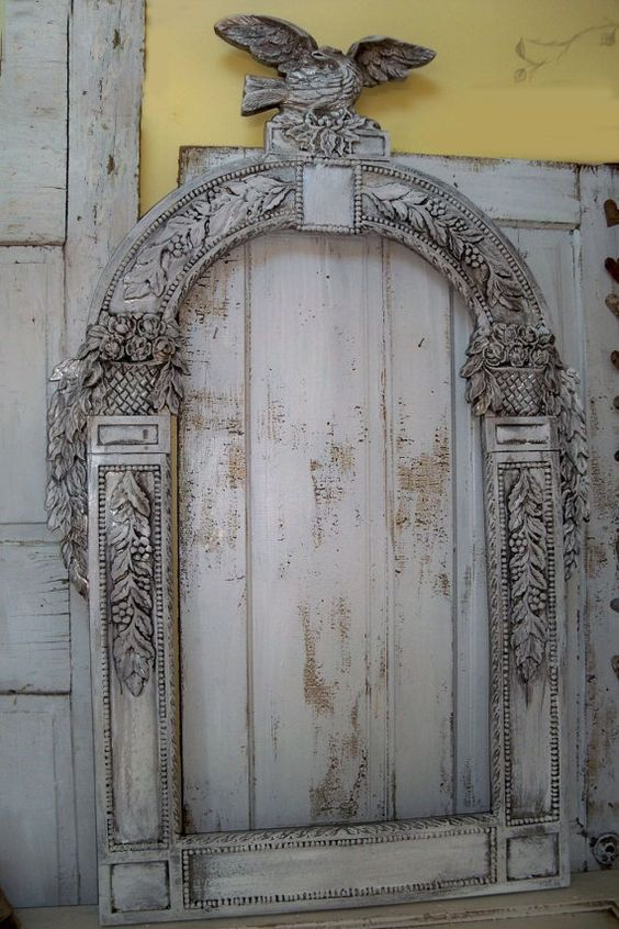 Large ornate frame recycled detailed piece re-purpose mirror faux - cascada de pared