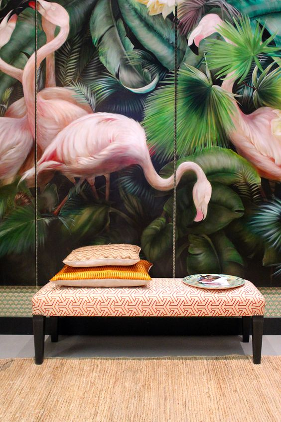 Wallpaper or mural? Whatever this is, I love the flamingos!: