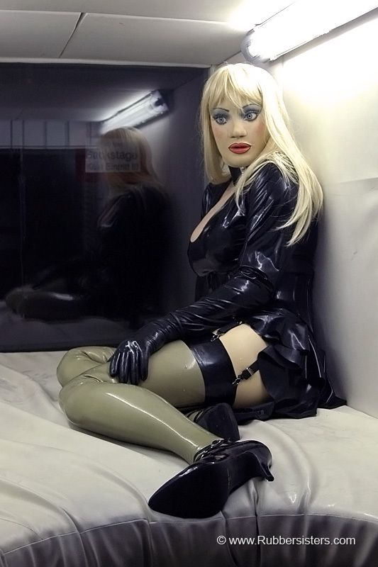 latex babes sex in gdansk