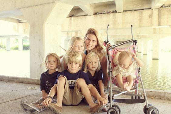 family of 8 kids