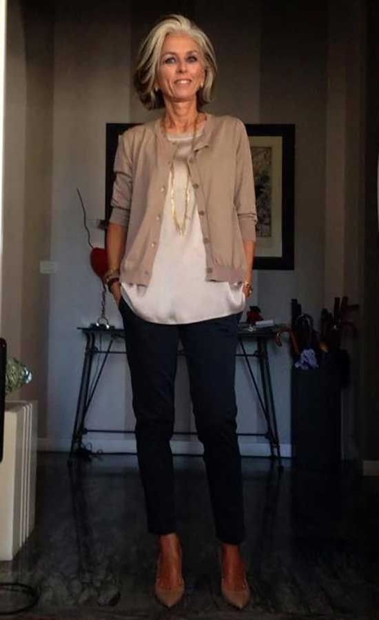 Casual Outfits For 50 Year Old Woman With 25 Elegant Ideas Outfit Fashion In 2020 Stylish Outfits For Women Over 50 Comfy Casual Outfits Shirts Women Fashion