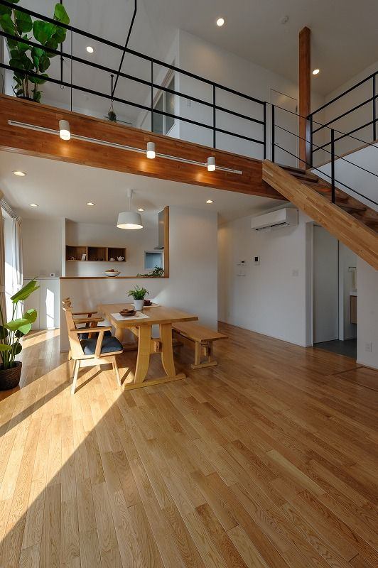 小布施町の注文住宅写真集 開放感のあるホワイトモダンの家 自宅で