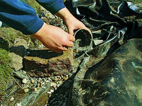 Bachlauf selber bauen - bachlauf im garten anleitung