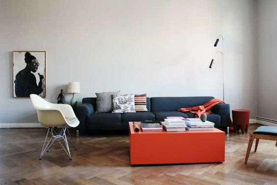: Friends Of, Interior Design, Coffee Tables, Decor Ideas, Living Rooms, Living Spaces, Olaf Hajek, Of Friends, Red Table
