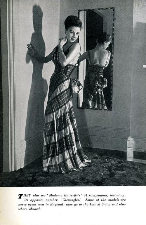 Dress from a 1947 collection by Angele Delanghe.