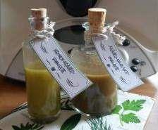 Rezept Zitronen-Kräuter-Vinaigrette mit Zitronenabrieb (Salatdressing) von Trillian1302 - Rezept der Kategorie Saucen/Dips/Brotaufstriche