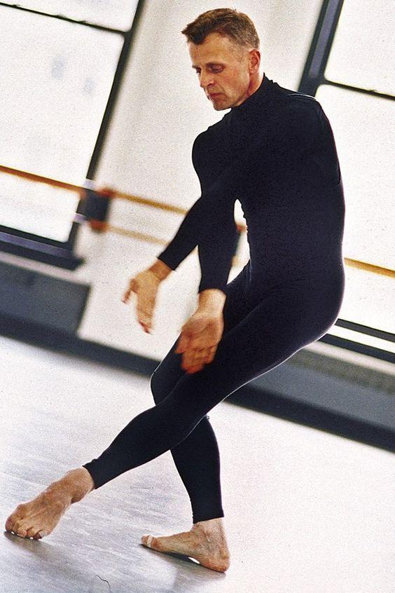 Better with age. Mikhail Baryshnikov Dancing   Mikhail Baryshnikov