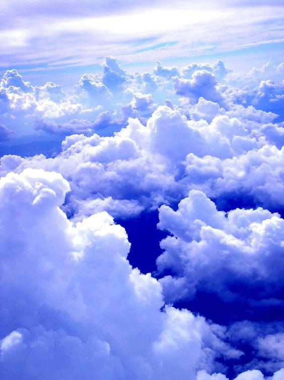 nas nuvens: