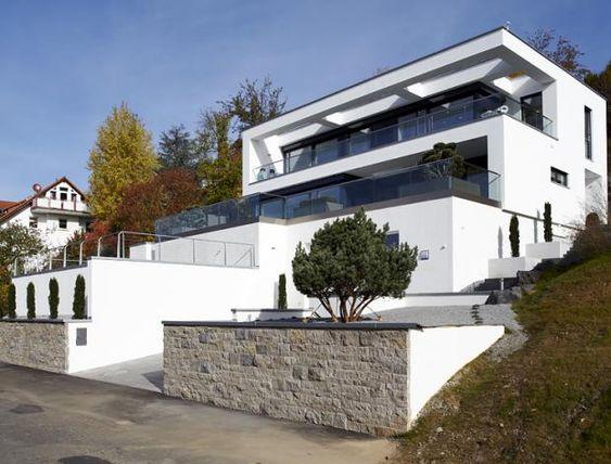 Top Fertighaus am Hang: Baudaten/Architekt: Hersteller: Okal-Haus  LE48