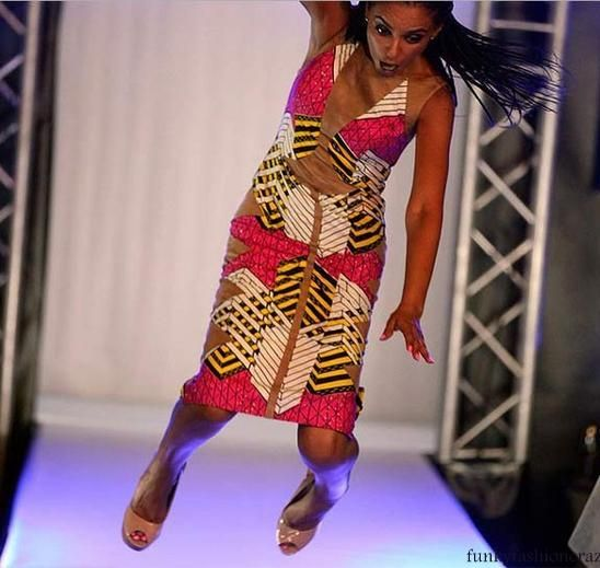 naijiria in lagos launch a fashion show .In fashion model come ramp but its luck is not good she fall on ramp.Becaue she wear high heel sandel.she not control those legs and fall on ramp..