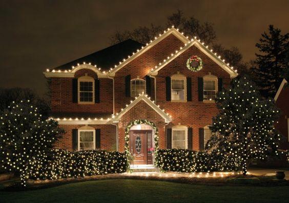Christmas Lights on Classic House www.586eventgroup.com: