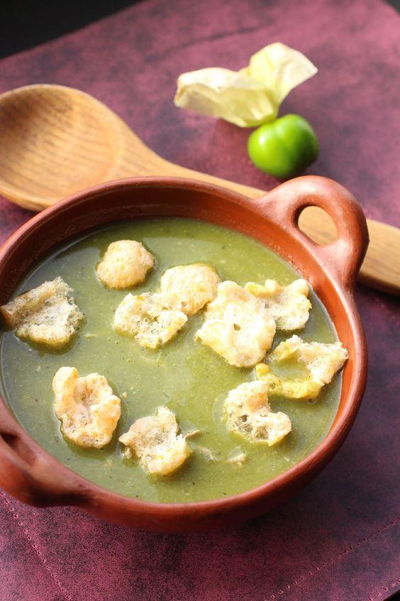 mole verde  tomatillos au porc et couenne de porc frite recette mexicaine