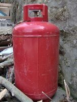 How to Dispose of Helium Balloon Tanks