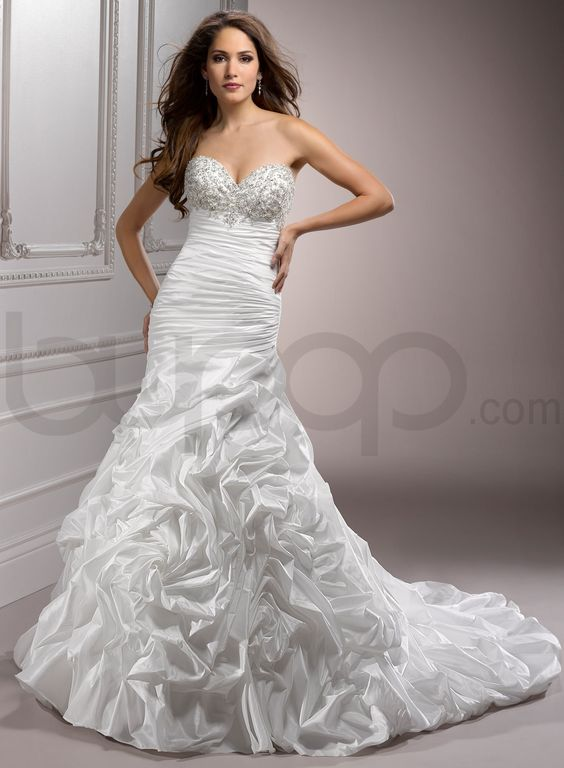 Bordeaux Metallic Taffeta Sweetheart Neckline Fit and Flare A-line ...