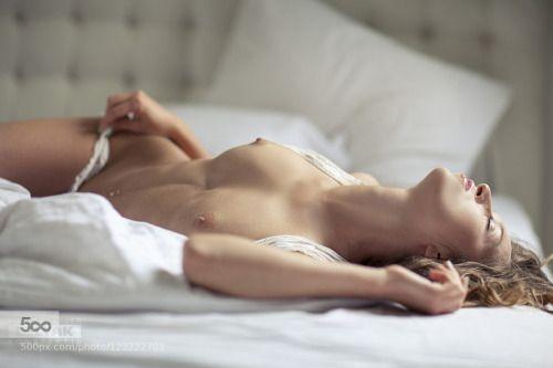 Popular Nudes on 500px