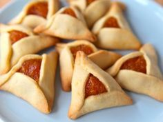 How to Fold Hamantaschen into Triangles