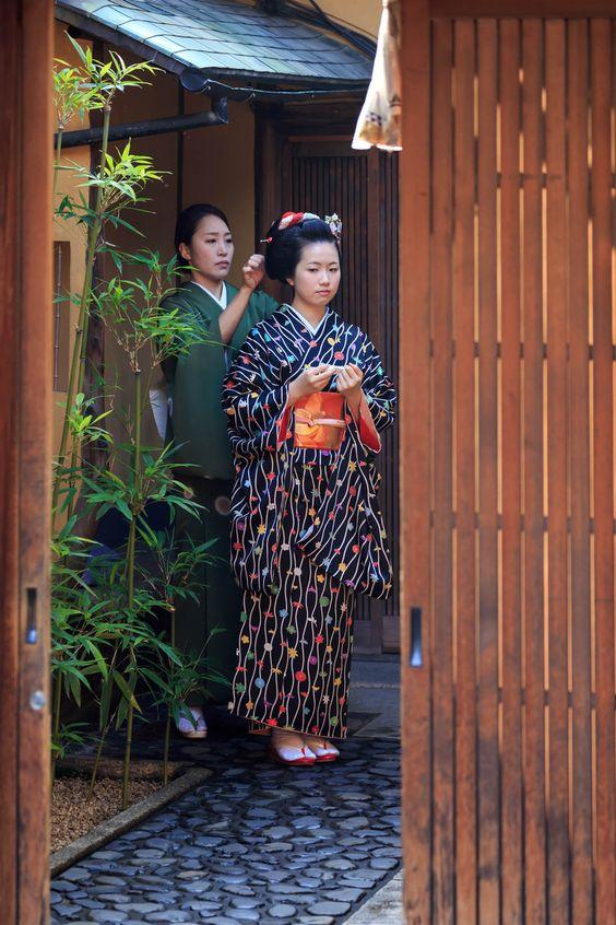 Koyou and Koeri during Kotohajime, Japan