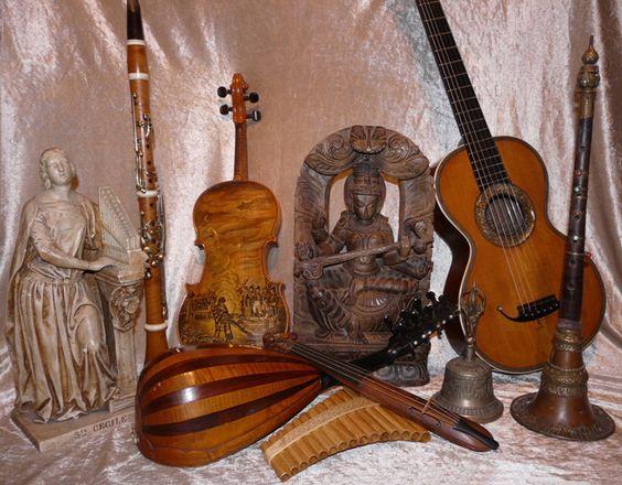 anciens instruments de musique - Buscar con Google