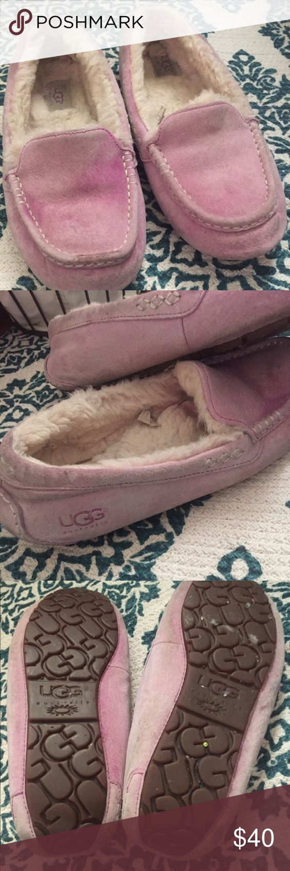 Ugg slippers purple size 9 women's moccasins Worn but will wash prior to ship. These can wash cold water then air dry. Women's size 9 UGG Shoes Moccasins