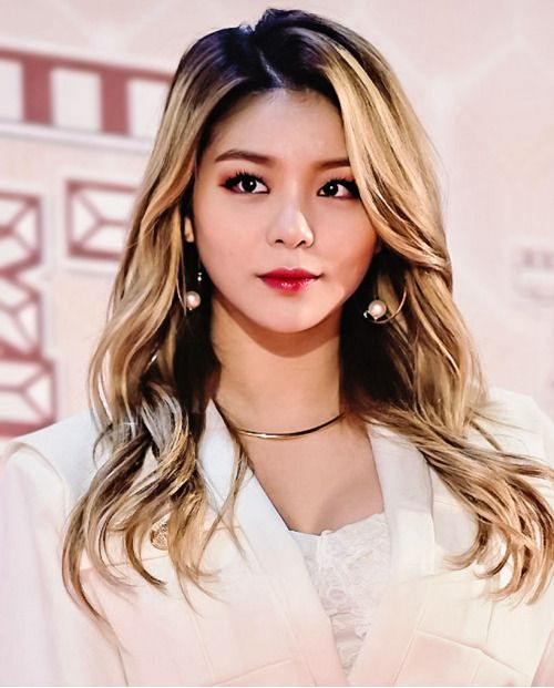 Bonjour This is mostly an Ailee blog + my Ailee edits