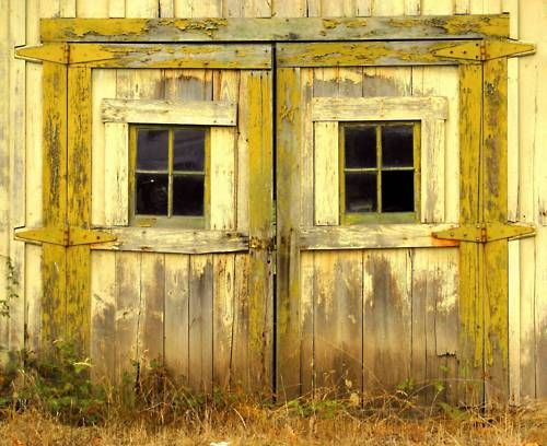 yellow barn doors
