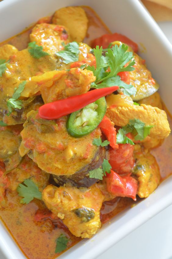Thai Chicken Curry in Coconut Sauce Recipe